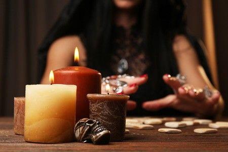 Divinazione con le candele