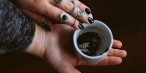 Leggere i fondi di caffè