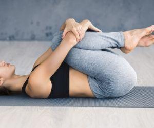 Posture pour favoriser la pression abdominale
