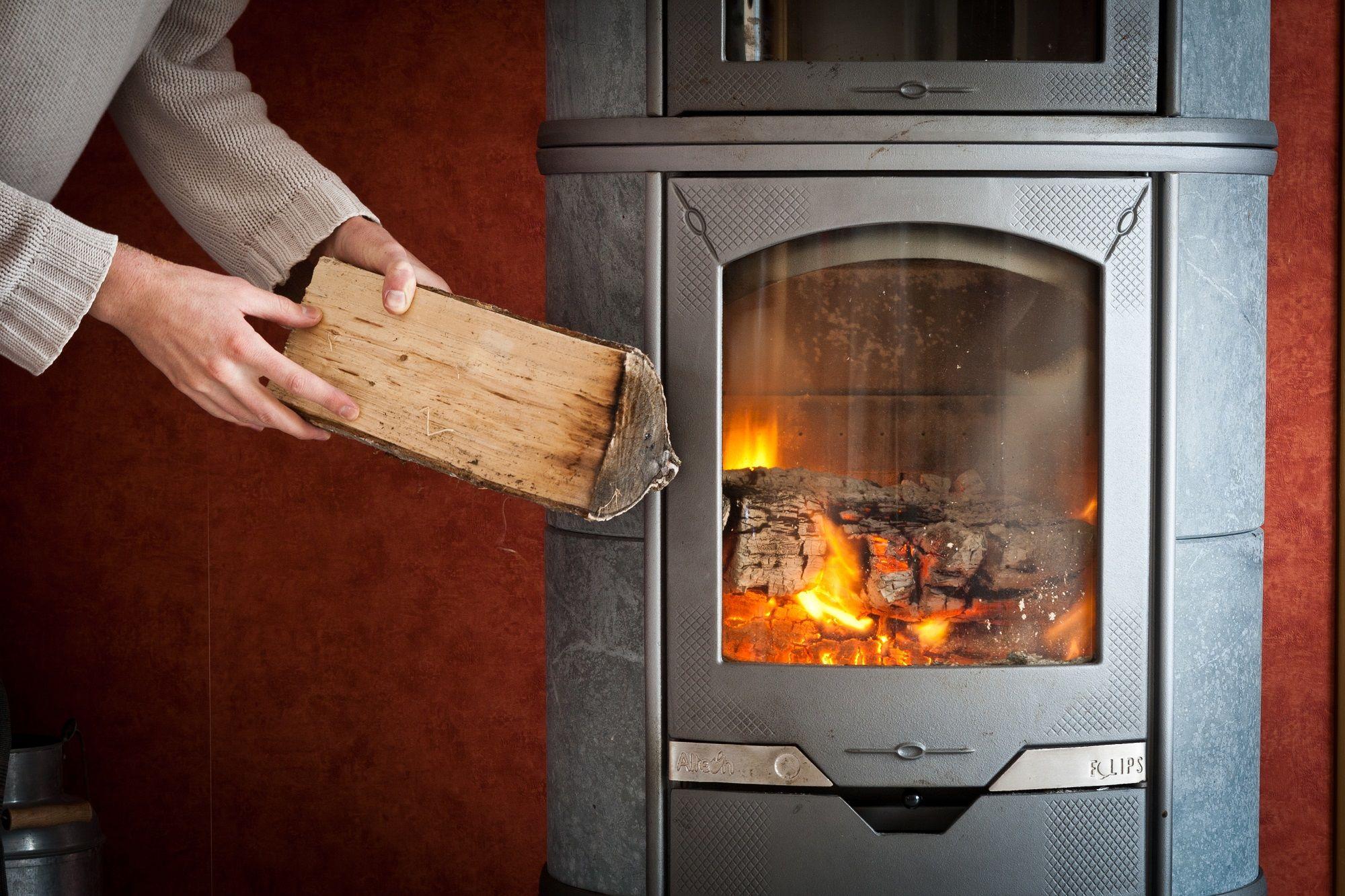 Chauffer toute la maison avec un poêle à bois, c'est possible !