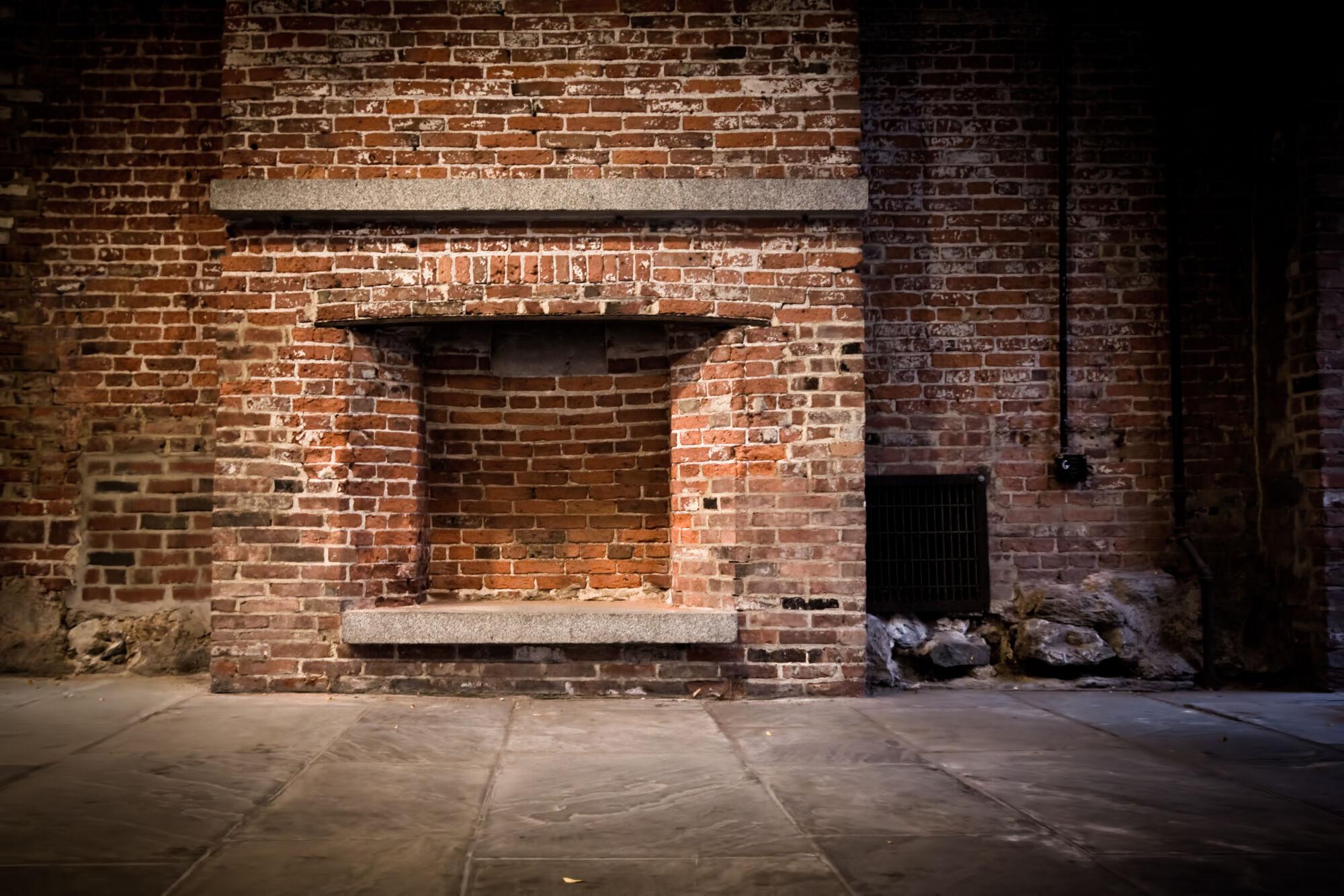 Rénover une ancienne cheminée : 5 conseils pour la moderniser