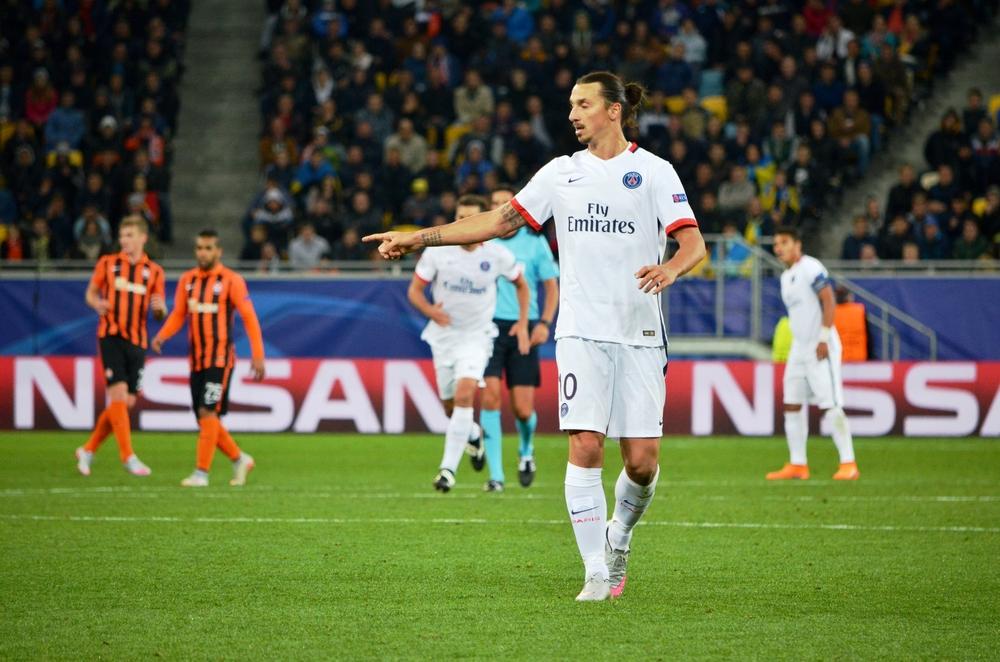 Zlatan Ibrahimović en el terreno de futbol