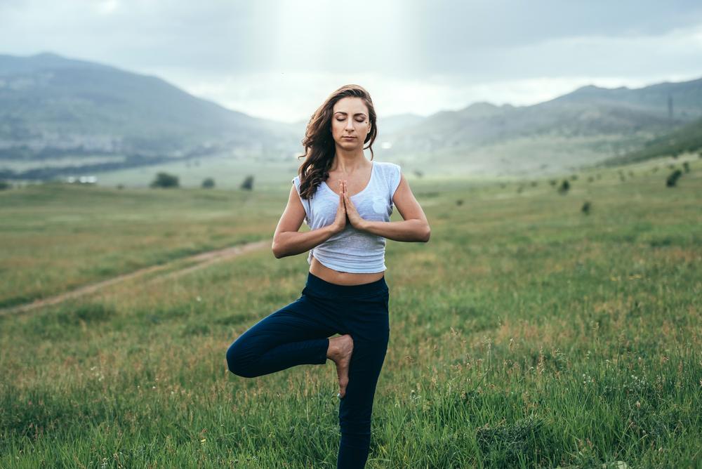 yoga posture arbre